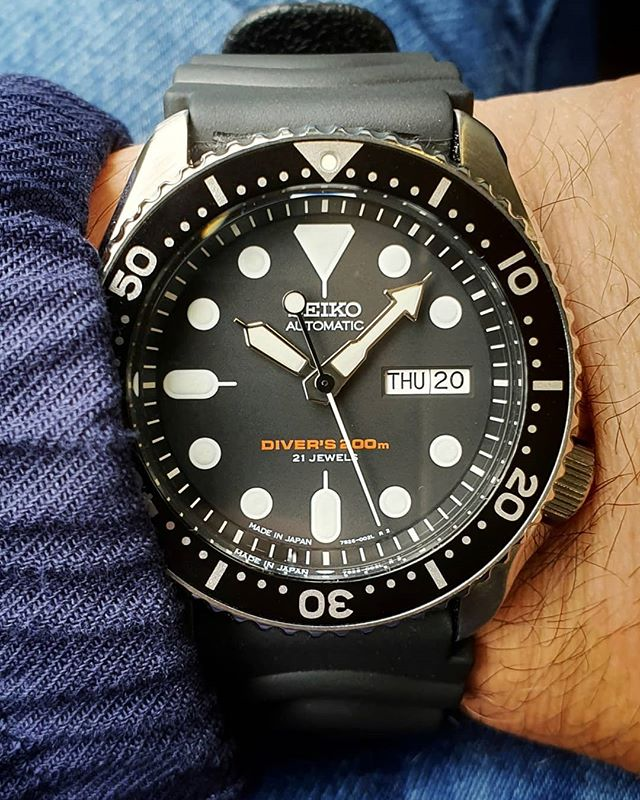 One of the most iconic watches Seiko has ever produced: the skx007 automatic diver watch. Brilliant.#seiko #skx007j #7s26 #madeinjapan #watchesofinstagram